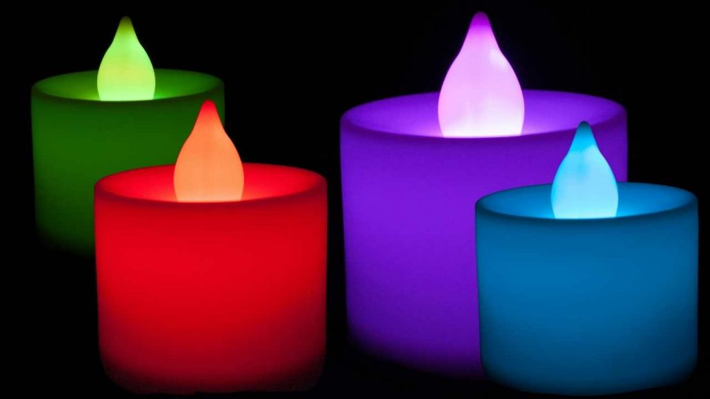 Best Solar Powered Candles for Outdoors